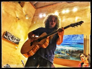 Roberto Diana acoustic Guitar Live
