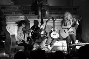 Roberto Diana - Godiasco - La Parrocchia del Blues SOLD OUT #acousticguitar #tanpura #violin